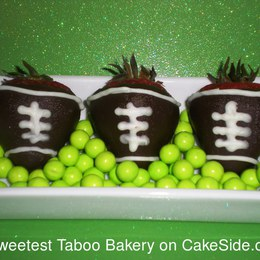 Thumb football strawberries 010