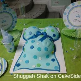 Thumb polka dot pregnant belly cake two
