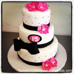 Brilliant Sweet 15Th Birthday Cake By Yahaira Morlas Tweet39S Cakery Funny Birthday Cards Online Elaedamsfinfo